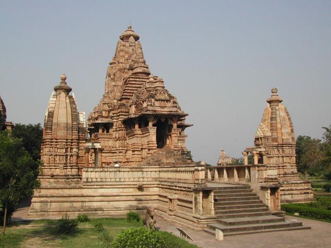 Travel Meenakshi Temple Madurai in India